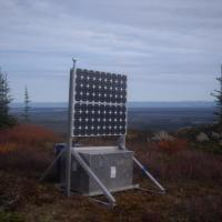 Seismic station with solar panel